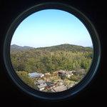 梟亭 - <1月>丸窓から見える大自然