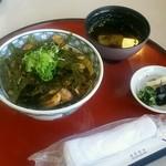 鹿野温泉 国民宿舎 山紫苑 - 料理写真:鹿野地鶏生姜丼