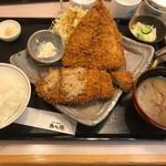 かつ徳 - 料理写真:鯵かつとロースかつ膳(1599円)