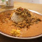 SOMA - チキンキーマ+トマトカレー+お肉のカレー