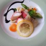 Prego - Bランチ(1,500円)選べる前菜から魚介のマリネ