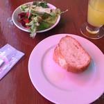 La Spazio - 【ランチ】パン・サラダ付き