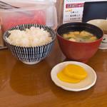 想夫恋 - セットのご飯とみそ汁