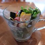 ラ・カシェット 花花 - 単品に付随するサラダ