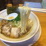 蕾 - 細麺です