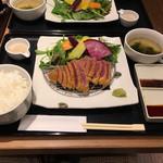 牛かつ あおな - 黒毛和牛のセット 1480円(税別)