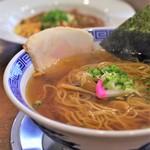 ぬーじボンボン メンデス - 中華そばと麻婆豆腐