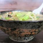台方ラーメン - ボリュームたっぷり野菜ラーメン