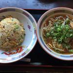 国分寺うまか飯店 - Aセット (チャーハン+醤油ラーメン)890円