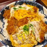 かつふじ亭 - 卵とじのメガカツ丼【料理】