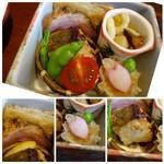鮨 有楽 - ◆共通:こちらの箱には「鰆のみそ焼き」「焼売」「百合根は豆の酢の物」「鴨のスモーク」 「蓮根の挽肉はさみ揚げ」など。 どの品も丁寧に作られ美味しい。