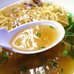 いのよし - しょうゆラーメンのスープ