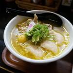 新旬屋 麺 - 金の鶏中華・海老ワンタン