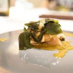 エクアトゥール - 筍とわかめに黒あわびの肝ソース