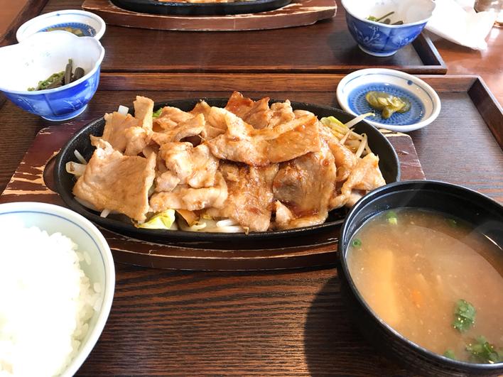 レストラン菜っぱ