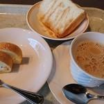 甘露の森 - 二回目はシフォンケーキとミニロールケーキ