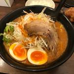 おかざき商店 - ネギ味噌ラーメン 初代スープ