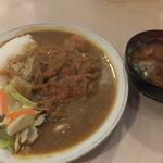 洋食 おなじみ - チキンカツカレーと赤だしです☆ 2017-0422訪問