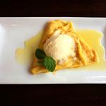 イワジン喫茶室 - 料理写真:クレープ(オレンジソース)