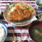 かつれつ庵 - 料理写真:ロースかつ定食