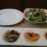 Trattoria Salice  - ◎前菜 、サラダ、後からパンも来ました。