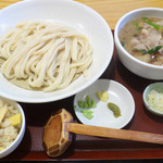 うどん日和ひこどん - 料理写真: