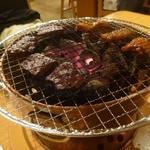 炭火焼肉 味楽亭 - ハラミ、ミノ、レバー