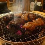 炭火焼肉 味楽亭 - 網焼き