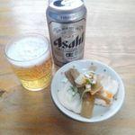 65955636 - 缶ビールとおとおし