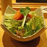 焼鳥 おがわ - 塩トマトのサラダ
