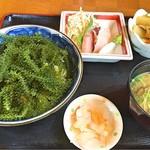 65958820 - 「海ぶどう丼」!
