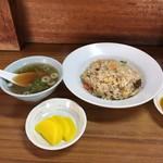 前川 - 五目炒飯640円