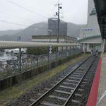 65962782 - まずは駅改札を目指します。