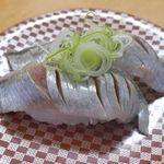 大漁丸 - 「いわし」171円は脂がしっかりと乗っている上に柔らかな食感でナイスなウマさ!
