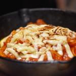 自家製パスタ洋食堂 マルブン - 鉄板チーズナポリタン