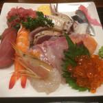 さいとう - 海鮮丼:具の大盛