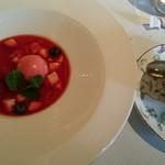 65968379 - 苺のスープのデザート