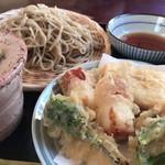 そば処 鈴家 - 料理写真: