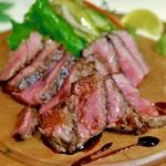 府内バル TAN'S - 豊後牛の赤身ステーキ
