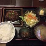 松阪牛たんど - 松阪牛ハンバーグ定食 ¥1,000-