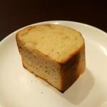 65981766 - 密度の濃すぎるパン