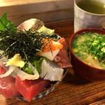 65981910 - 海鮮丼&魚汁(あら汁)