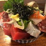 65981911 - インパクトのある海鮮丼