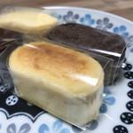 お菓子工房 菓樹 - プチチーズとチーズショコラ   各¥130