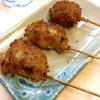 ヨネヤ - 料理写真:「牛カツ」(1本140円)と「豚大葉包み」(100円)。