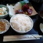 大市 - お刺身定食