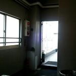 ESCRIBA - お店の入口