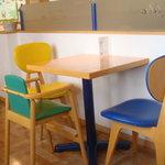 ラグラスリィ - テーブル席