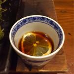 65991237 - 紅葉おろしとレモンスライスをつけ汁に入れ