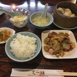 又一順 - 鶏肉・カシューナッツ炒め+点心